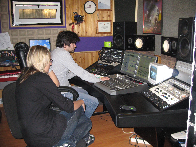 2009-02 tot diep in de nacht in de studio P'ra in Portugal met Tiago Machado