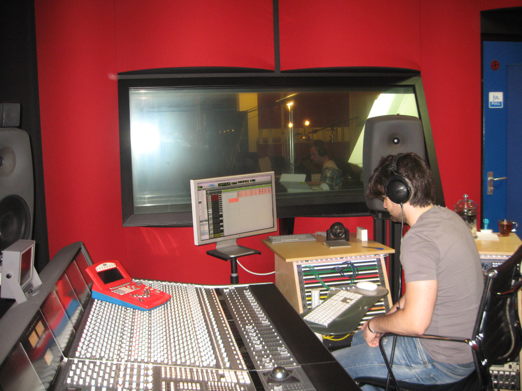 2013-07-14 Tiago Machado in Power Sound Studio