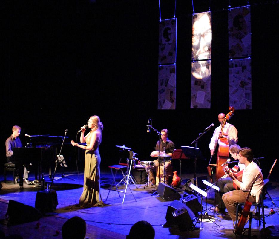 2012-12-04 Daisy Correia canta José Afonso De Meerse Hoofddorp