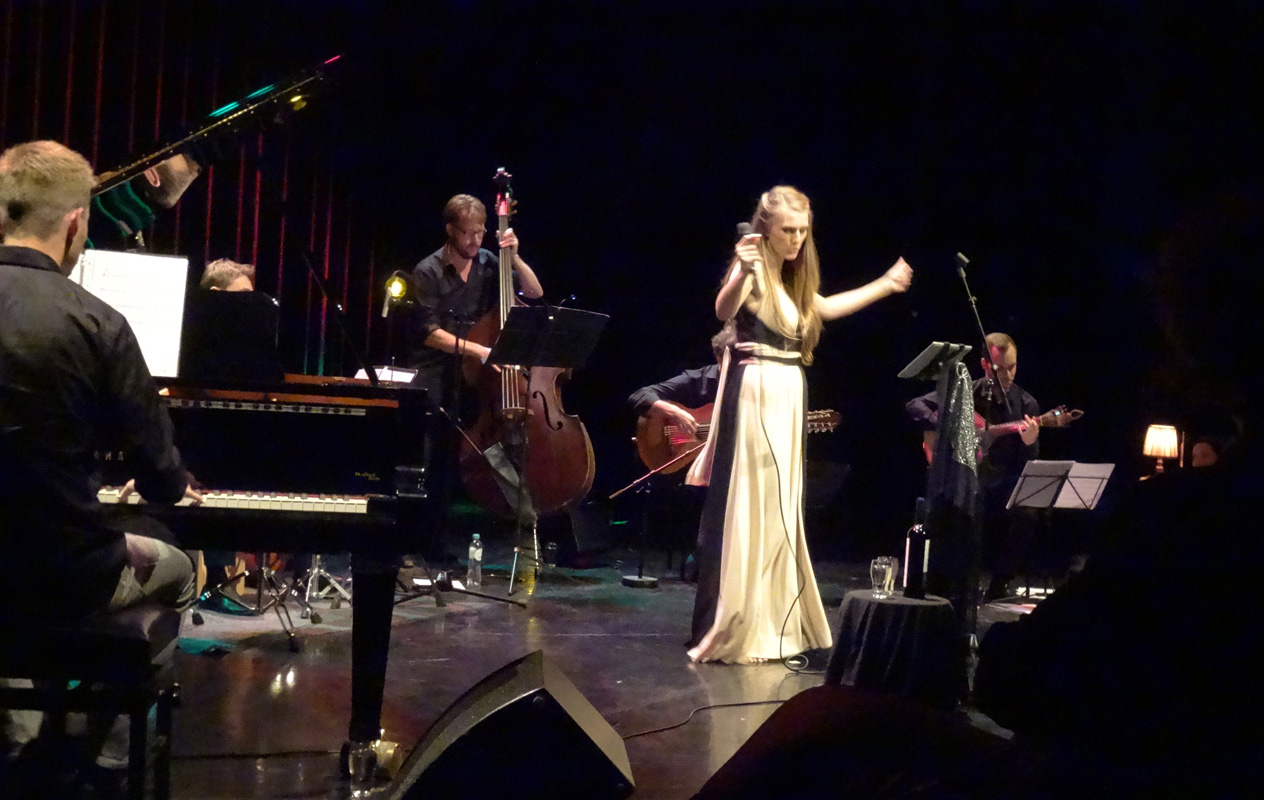 2016-10-15 Theater 't Voorhuys Emmeloord