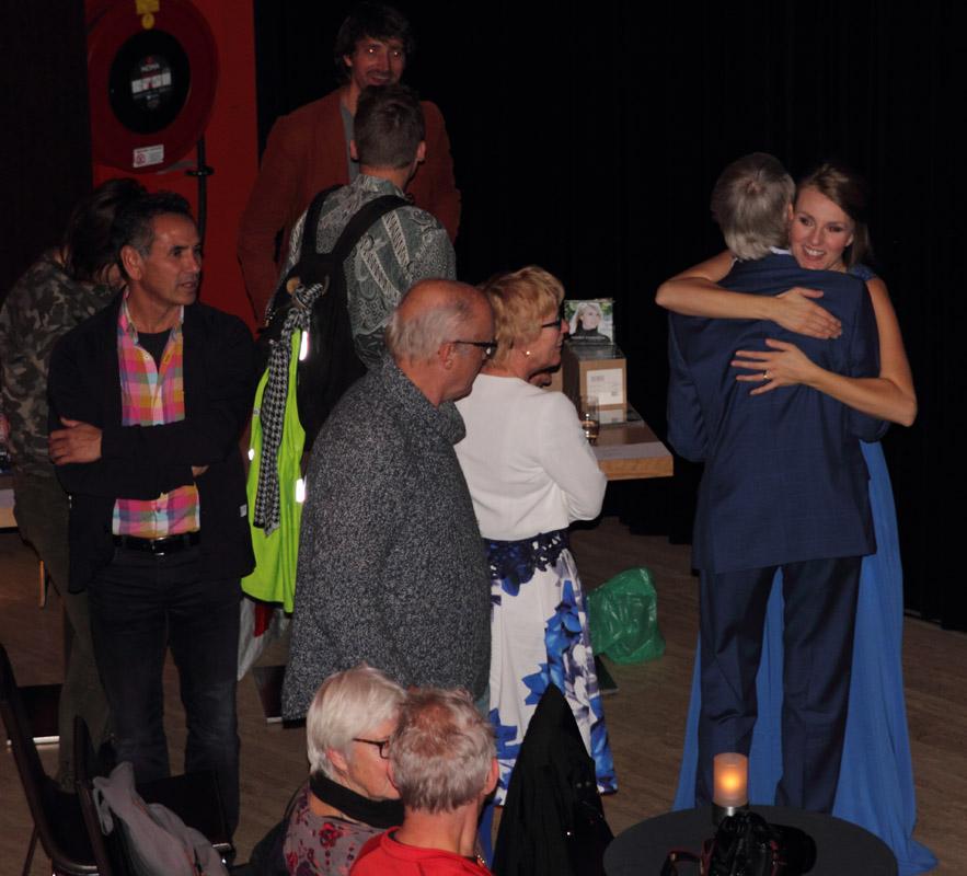 2016-11-13 Vele fans feliciteerden Daisy